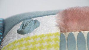 Zoe Kissen aus verschiedensten hcohwertigen Materialien mit Rose