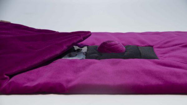 Kissen Rea in lila Farbtönen handgefertigt aus hochwertigen Stoffen