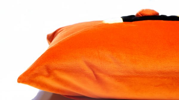 Kissen Rea in hellen Farbtönen handgefertigt aus hochwertigen Stoffen